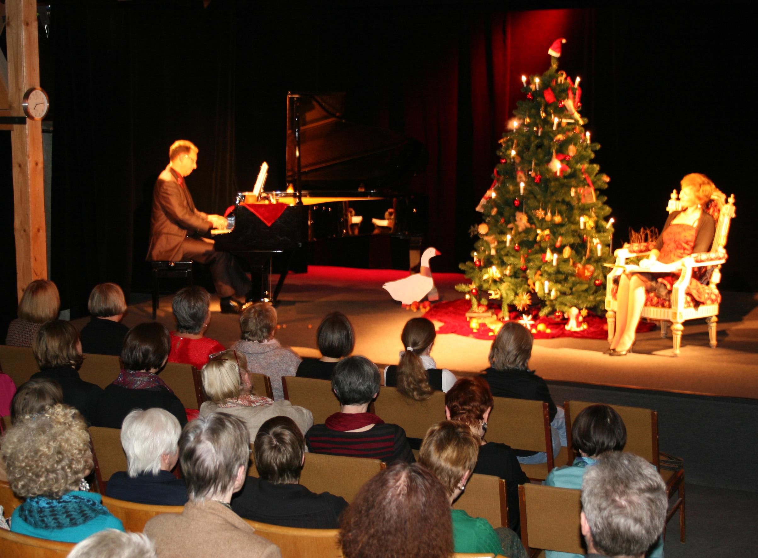 Weihnachtsprogramm im Hoftheater